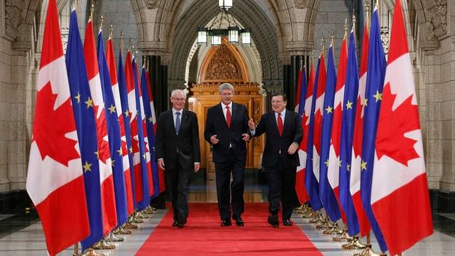 Kanadas Premier Harper, der Präsident des europäischen Rates Van Rompuy und der Präsident der EU-Kommission Barroso