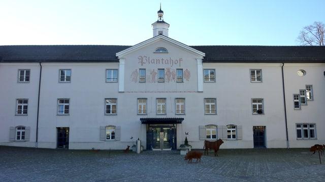 L'entrada dal Plantahof a Landquart.