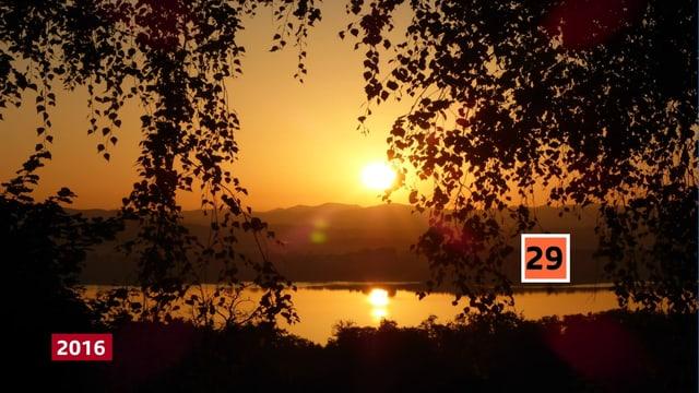 Sonnenaufgang über dem Greifensee. 29 Grad wurden an dem Tag erreicht.