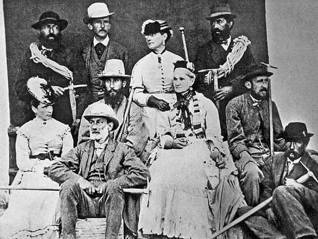 Familienbild der Familie Walker: Lucy Walker (ganz hinten), rechts neben ihr der Bergführer Melchior Anderegg.