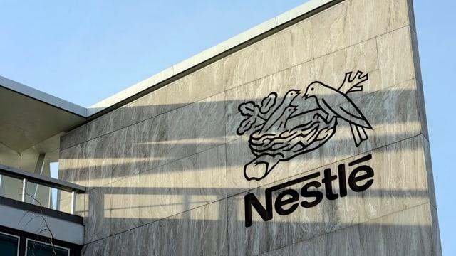 Das Nestlé-Logo.