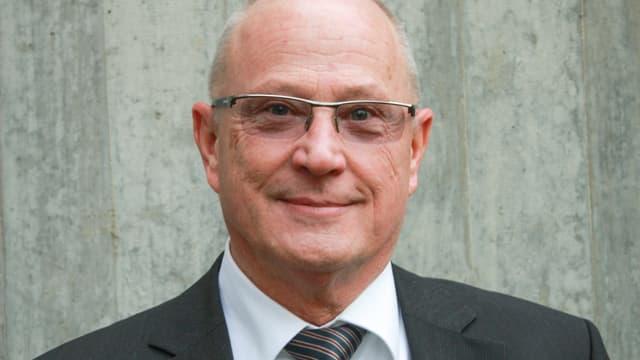 Rolf Jaus, Porträt