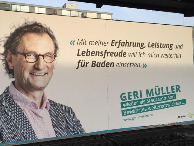 Mann auf Wahlplakat, Aufschrift Geri Müller.