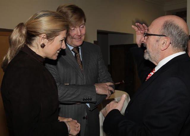 Willem und Maxima schütteln Trechsler die Hand