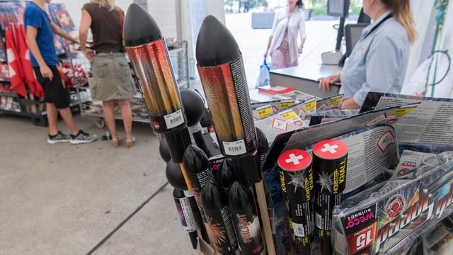 Raketen in einem Verkaufsladen