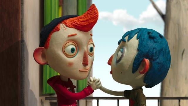 Filmstill: Handshake zwischen zwei Jugendlichen.