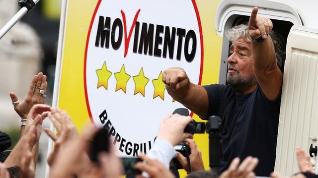 Die oppositionelle Fünf-Sterne-Protestbewegung sperren sich gegen die Reform.