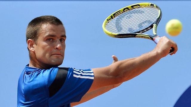 Der Russe Michail Juschni musste gegen Pablo Andujar über drei Sätze.