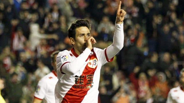 Alberto Bueno feiert einen Treffer