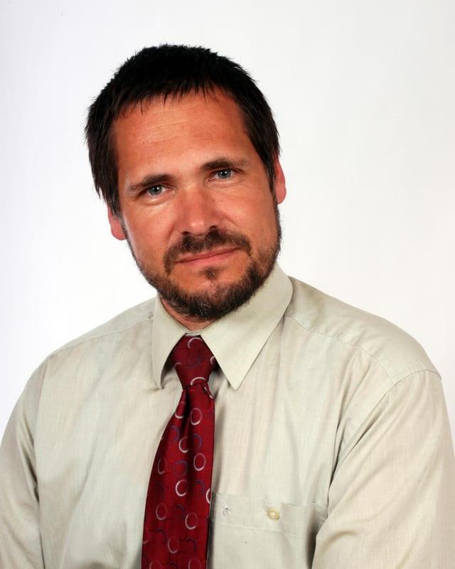 Ein Porträtbild des Gemeindepräsidenten von Worb.