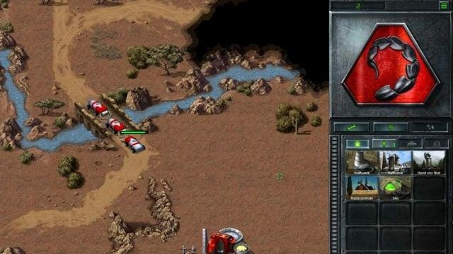 Screenshot von drei Fahrzeugen die sich gegenseitig den Weg auf der Brücke versperren.