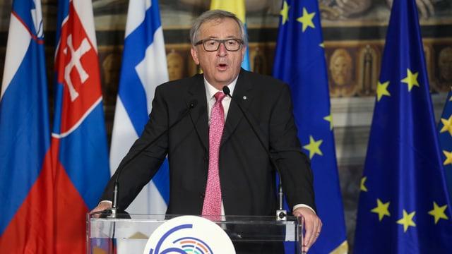 Il president da la cumissiun da l'UE, Jean-Claude Juncker durant ses pled.