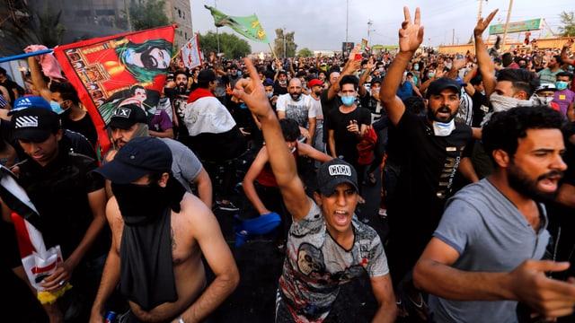 Protestierende in Bagdad.