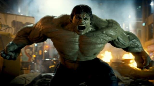 Ausschnitt aus «The Incredible Hulk» mit der in die Kamera brüllenden Titelfigur.