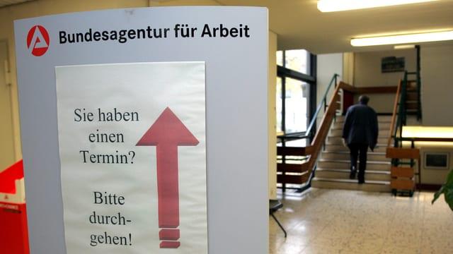 Ina infurmaziun per dischoccupads en Germania.