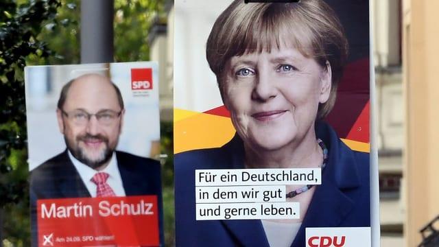 Davonvart in placat cun si Angela Merkel, davosvart in zic turbel in placat cun si Martin Schulz.