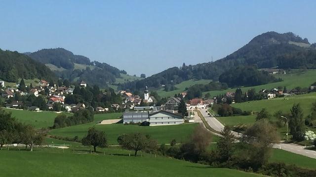 Blick auf Dorf Holderbank