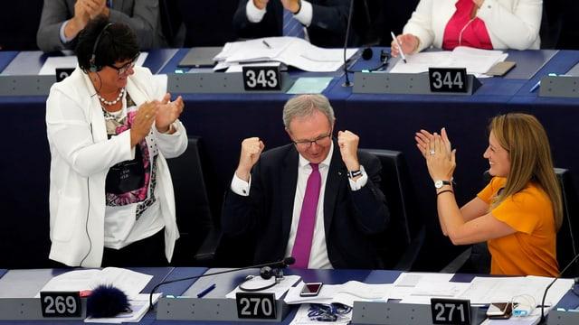 EU-Parlamentarier begrüssen den Abstimmungsentscheid