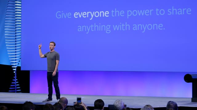 Facebook-Chef Zuckerberg bei einer Präsentation