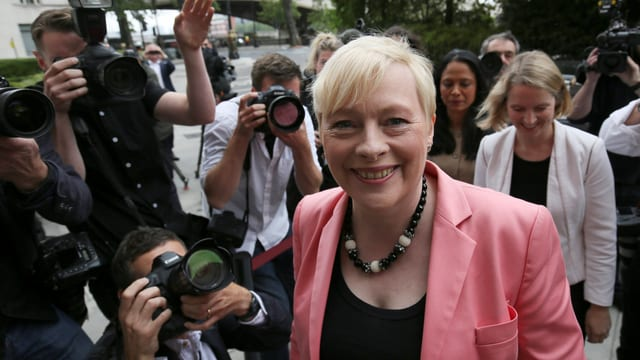 Angela Eagle will Labour führen. Sie spart nicht mit Kritik am amtierenden Parteichef Jeremy Corbyn.