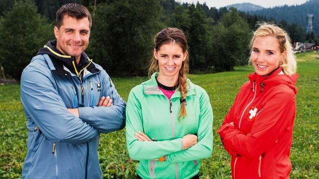 Porträt Experten-Team und Moderatorin.