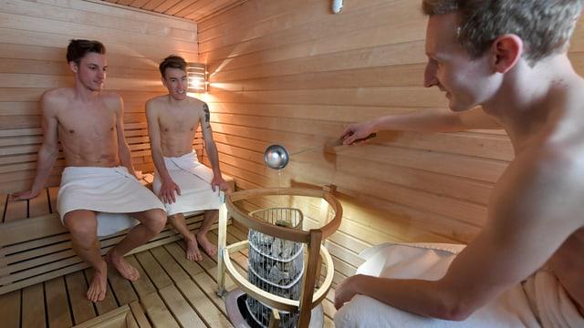 Els trais en la sauna.