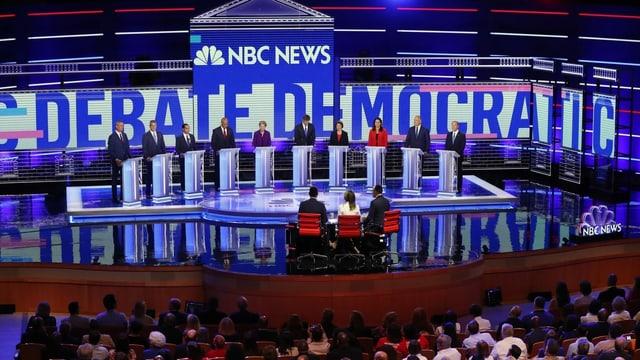 Kandidaten der Demokraten bei den TV-Duellen zu den Vorwahlen.