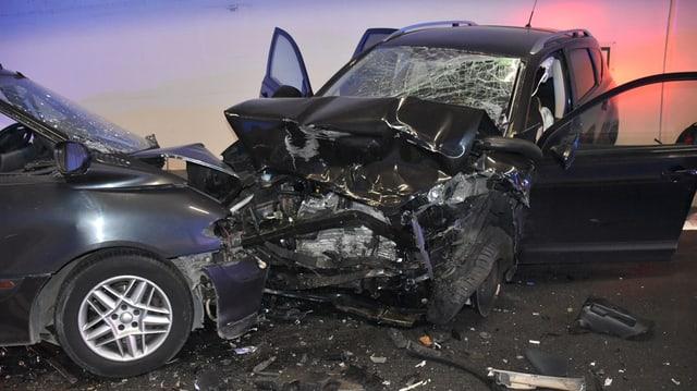 L'accident mortal en il tunnel da San Fedele A13.