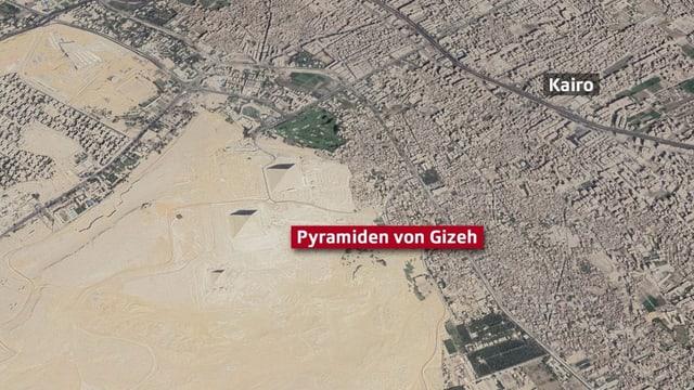 Karte der Stadt Kairo mit Pyramieden gleich daneben