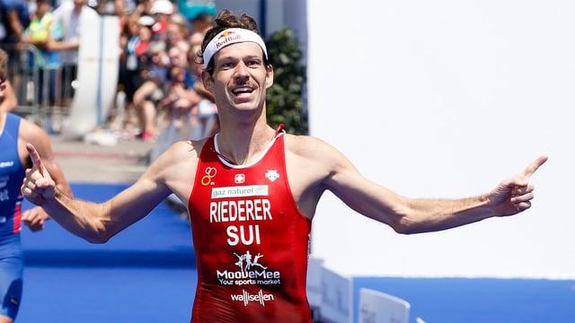 Sven Riederer ad ina cursa a Genevra