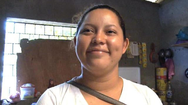 Video «Sayra kämpft gegen Gewalt an Frauen» abspielen