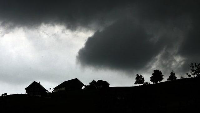 Gewitterwolken in der Gegend von Stans.