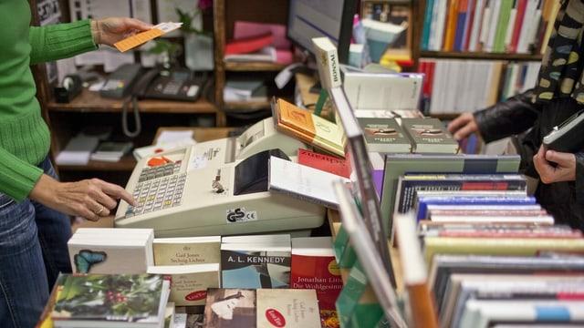 Kasse in einer Buchhandlung