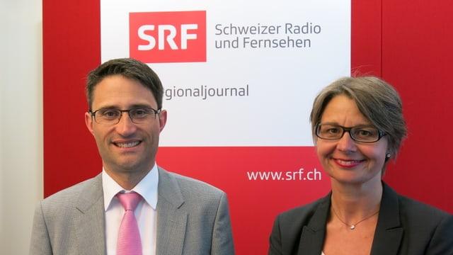 Porträtbild mit Lukas Engelberger und Martina Bernasconi vor SRF-Logo im Hintergrund.