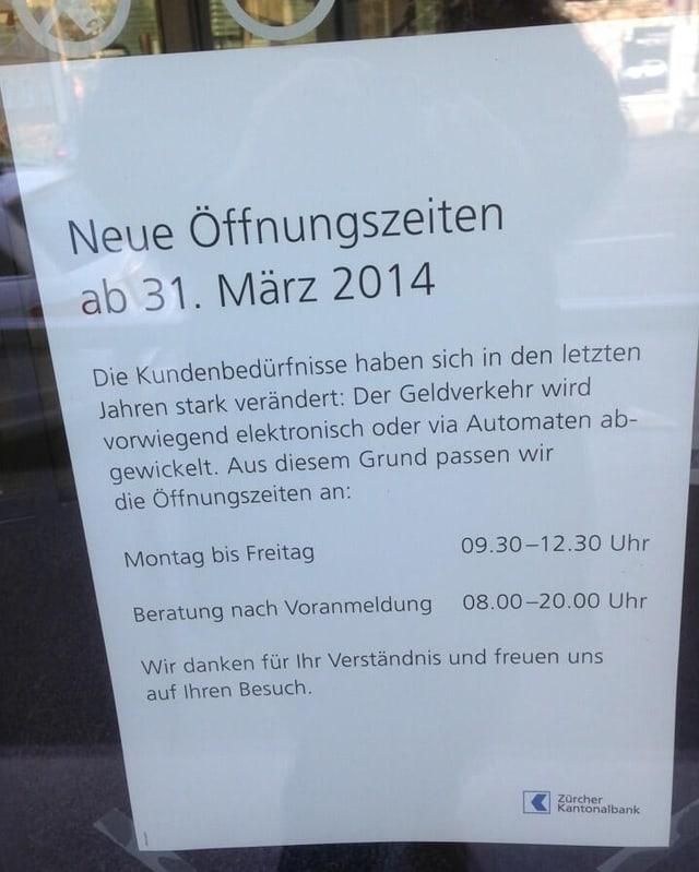 Plakat der ZKB in Albisrieden.