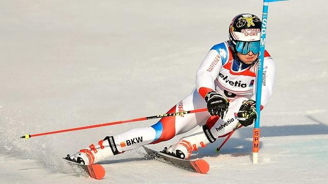 Il skiunz svizzer Loïc Meillard.
