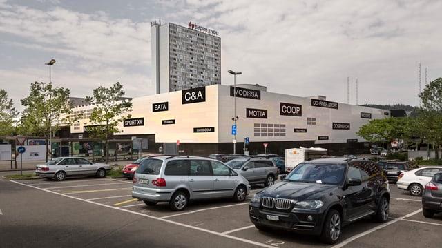 Das Shoppingcenter von aussen