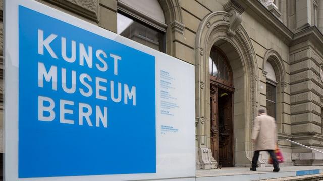 Der Eingang des Kunstmuseums Bern.