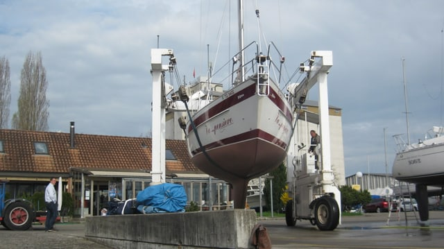 Segelschiff am Hafen