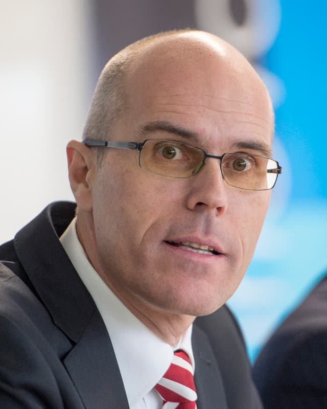 Portrait von Dieter Egloff an der Medienkonferenz