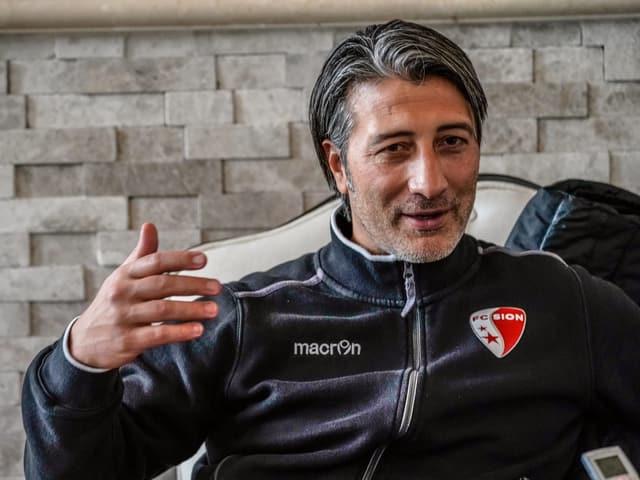 Murat Yakin geniesst das Vertrauen von Präsident Christian Constantin.