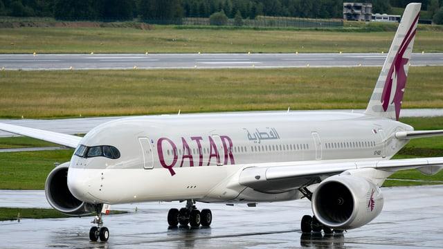 Ein Flugzeug der Qatar Airways.