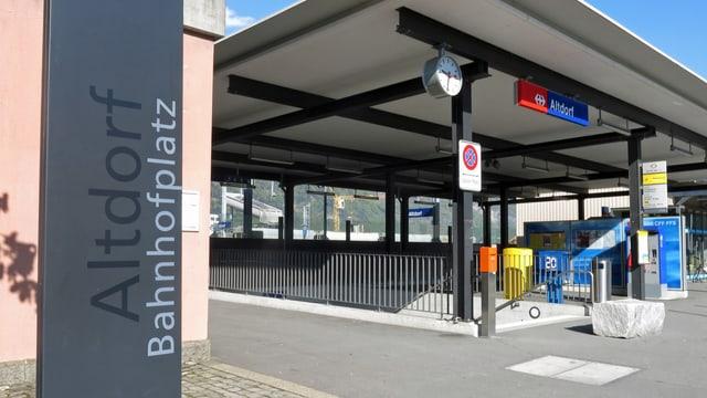 Blick auf den Bahnhof Altdorf