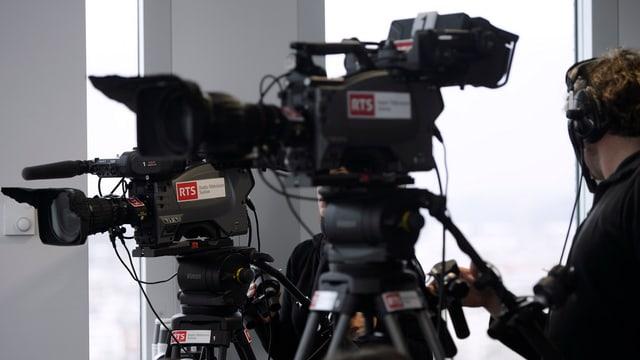 Cameras da televisiun da RTS.