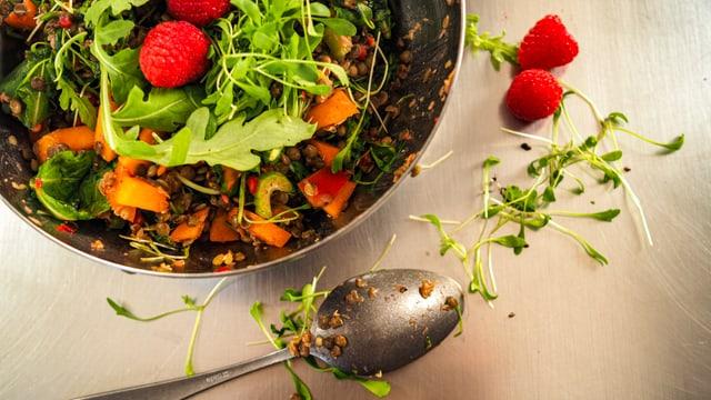 Salata da lentiglias ed ervinas