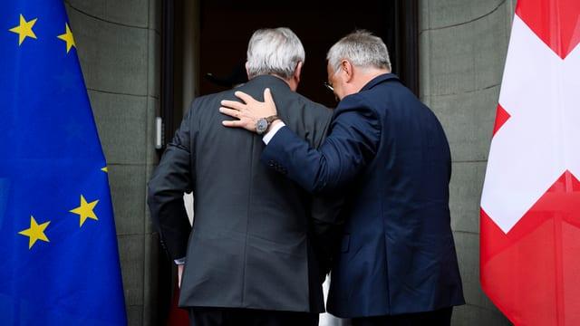 Schneider-Ammann mit Jean-Claude Juncker