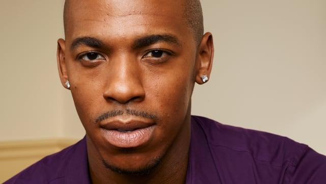 "Mehcad Brooks spielt Terrence ""T.K."" King"