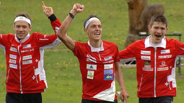 Il trio svizzer cun Fabian Hertner, Daniel Hubmann e Matthias Kyburz.