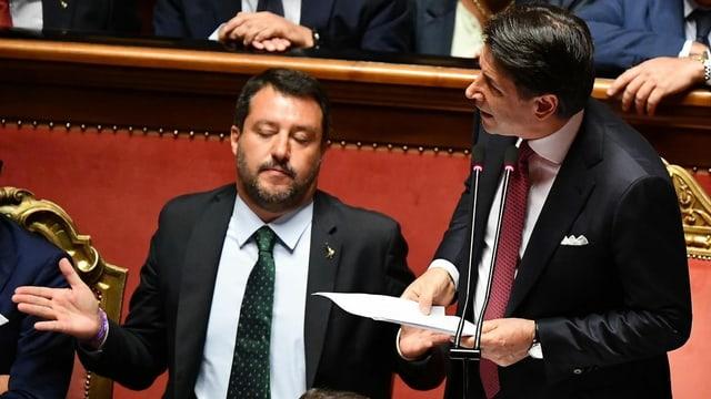 Matteo Salvinis und Giuseppe Conte im Parlament