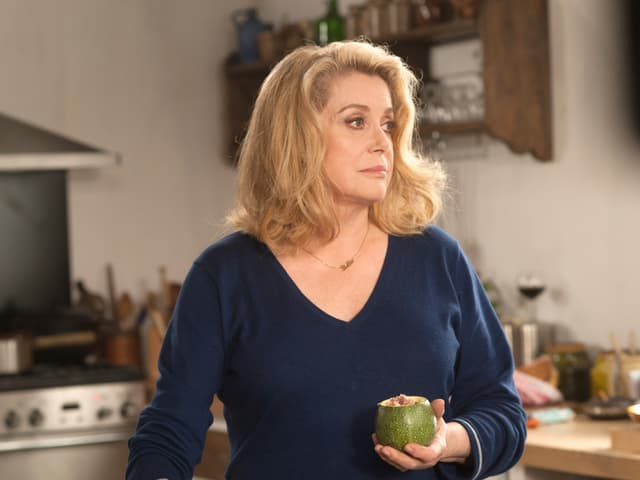 Keine Charakterdarstellerin, aber eine Institution: Catherine Deneuve im neuen Film «Elle s'en va».